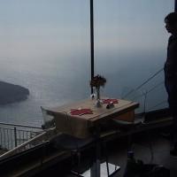 展望台のカフェにて(2)