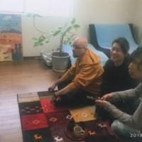 チェコに住んでいる幼なじみのアヤちゃんがご主人のチェコ人のホンザさんと日本での休日を楽しむ